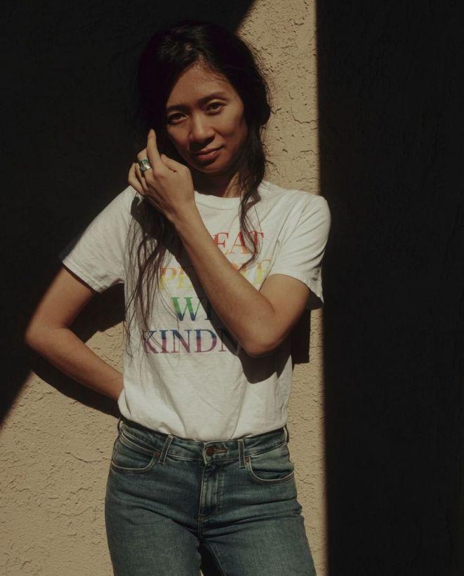 Chloé Zhao trên tạp chí Tatler Hongkong số tháng 3.