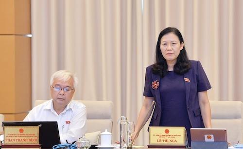 Bà Lê Thị Nga - Chủ nhiệm Uỷ ban Tư pháp tại phiên thảo luận ngày 18/9. Ảnh: Trung tâm báo chí Quốc hội