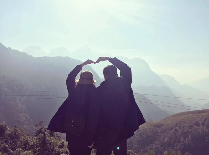 Nếu một ngày phải chọn giữa hơi thở và yêu em Thì a xin dùng hơi thở cuối cùng để nói Anh yêu Em