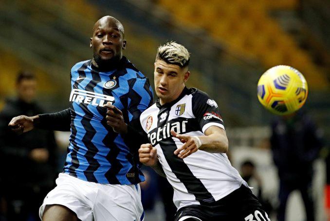 Inter vẫn thăng tiến ngoạn mục trên đỉnh bảng Serie A với sự toả sáng của các ngôi sao như Lukaku, nhưng tương lai thế nào vẫn là dấu hỏi lớn với họ, vì ảnh hưởng từ khủng hoảng bóng đá Trung Quốc. Ảnh: ANSA
