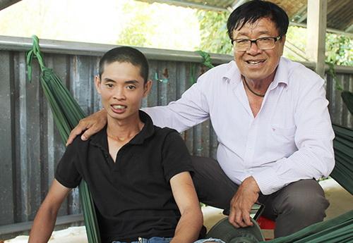 Anh Nhân sức khỏe ổn định sau 3 ngày 2 đêm đi lạc trên núi Chứa Chan. Ảnh: Đình Hải
