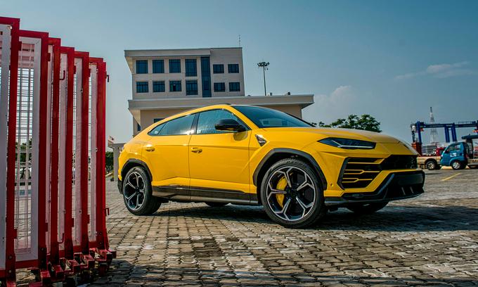 Lamborghini Urus - siêu phẩm SUV về Việt Nam