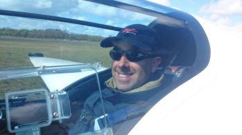 Wouter (instructeur) achterin de ASK-21. Foto: Jimmy