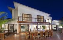Huge Sunny Villa