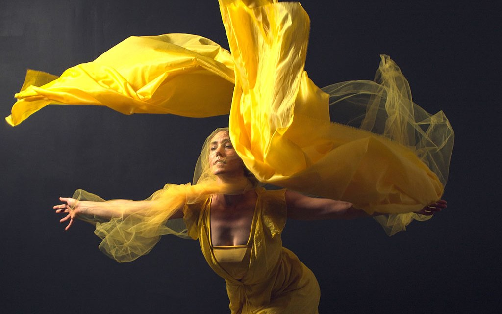 """DANCING AROUND THE QUESTION   Aloft presents """"Is It Art?"""" at the Museum of Ventura County"""