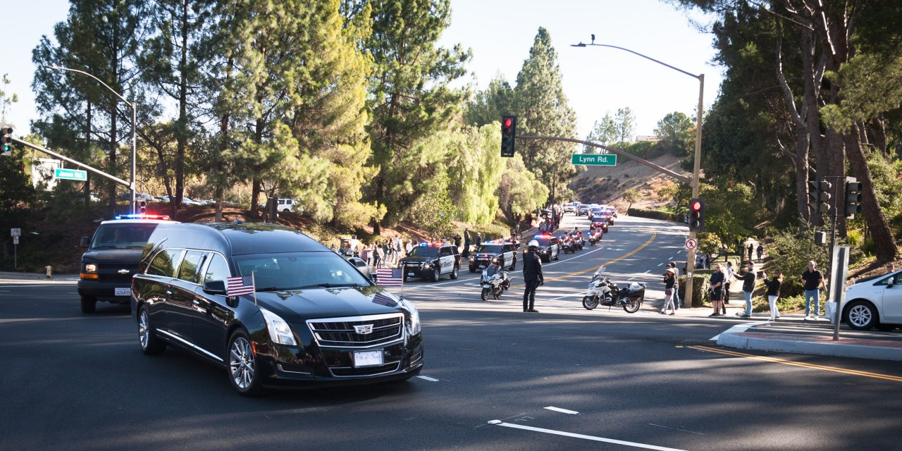 THOUSAND OAKS SHOOTING | 12 victims, including one officer