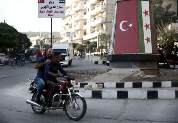 الفصائل الموالية لتركيا تنفذ حملة اعتقالات تعسفية جديدة في عفرين