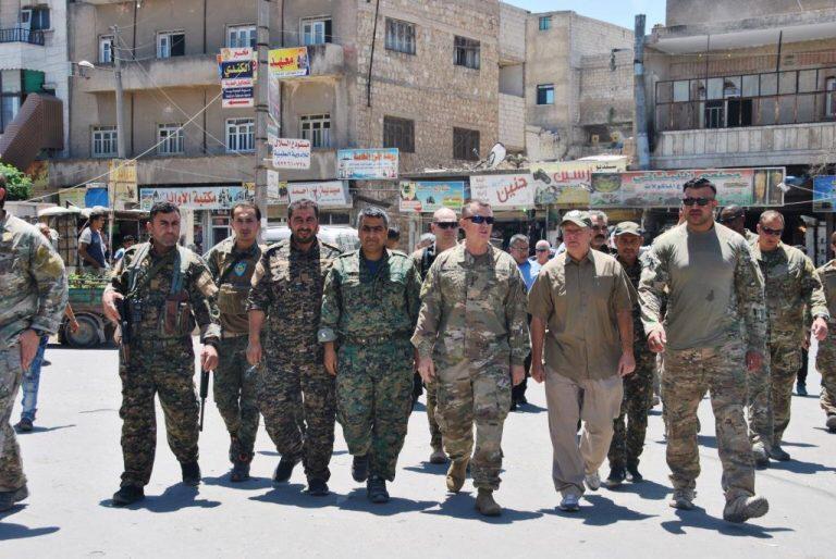 قوات تدعمها الولايات المتحدة في منبج تتهم تركيا بإرسال إرهابيين للقيام بتفجيرات