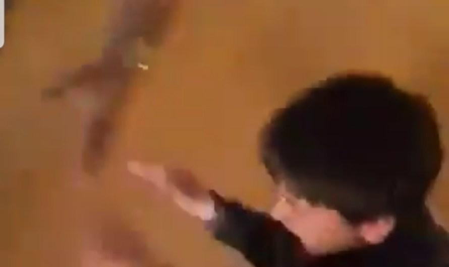 بالفيديو.. الاعتداء على أطفال في سجن بمدينة الباب