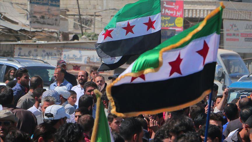 الآلاف يتظاهرون في إدلب السورية ضد روسيا وتركيا