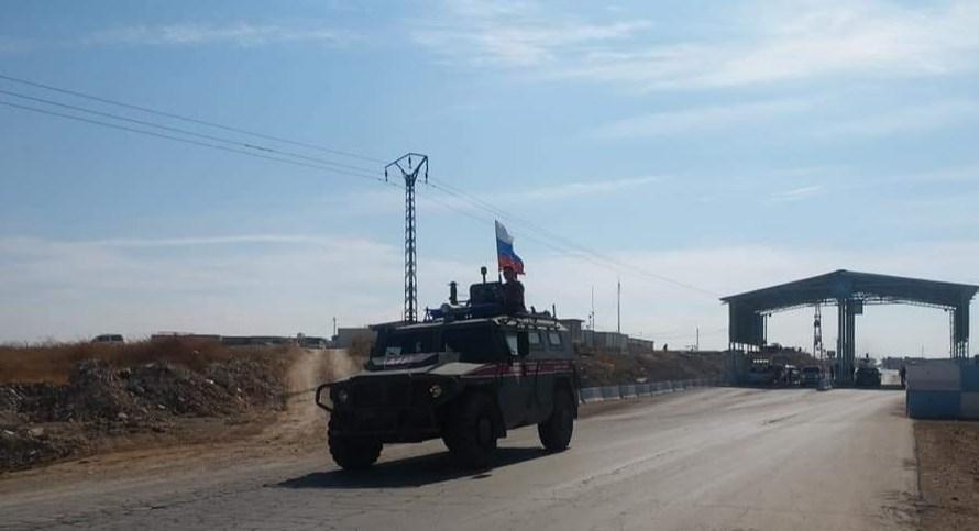 """القواعد الروسية العسكرية في """"شرق الفرات"""""""