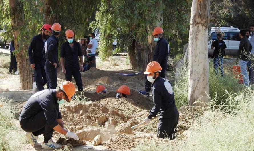 انتشال 5700 جثة من 25 مقبرة جماعية خلفها داعش في الرقة