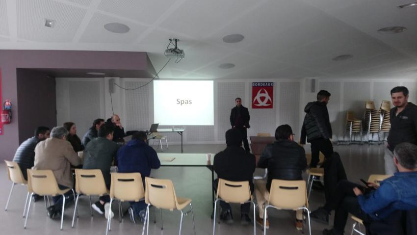 منظمات حقوقية تواصل إرشاد السوريين في فرنسا لملاحقة مرتكبي جرائم الحرب