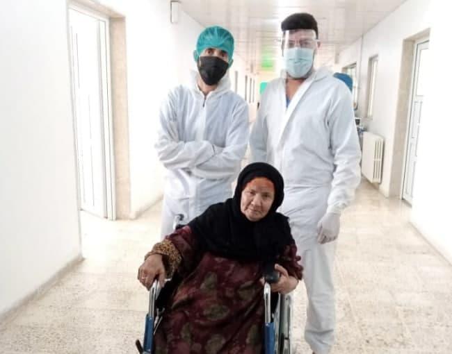 سوريا …معمرة يبلغ عمرها  99 عاماً تتعافى من كوفيد-19