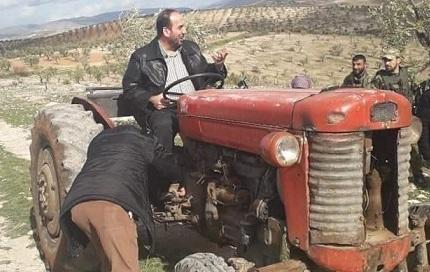 فصيل مدعوم من تركيا يصادر 61 جرارا زراعيا في مناطق سيطرته بعفرين