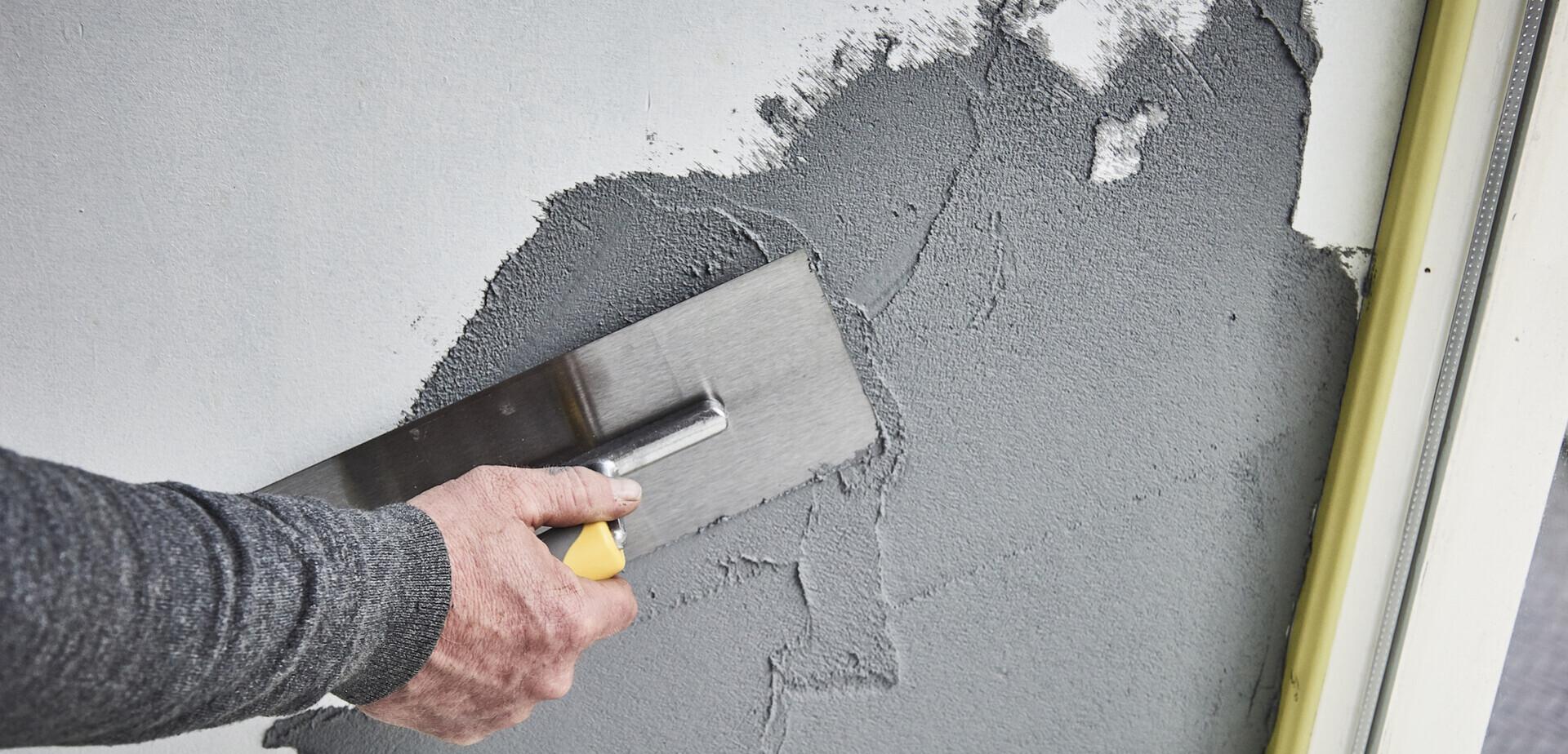 Muur in betonlook maken  voordemakersnl