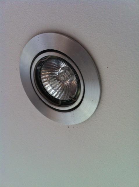 Halogeen lampje vervangen  voordemakersnl