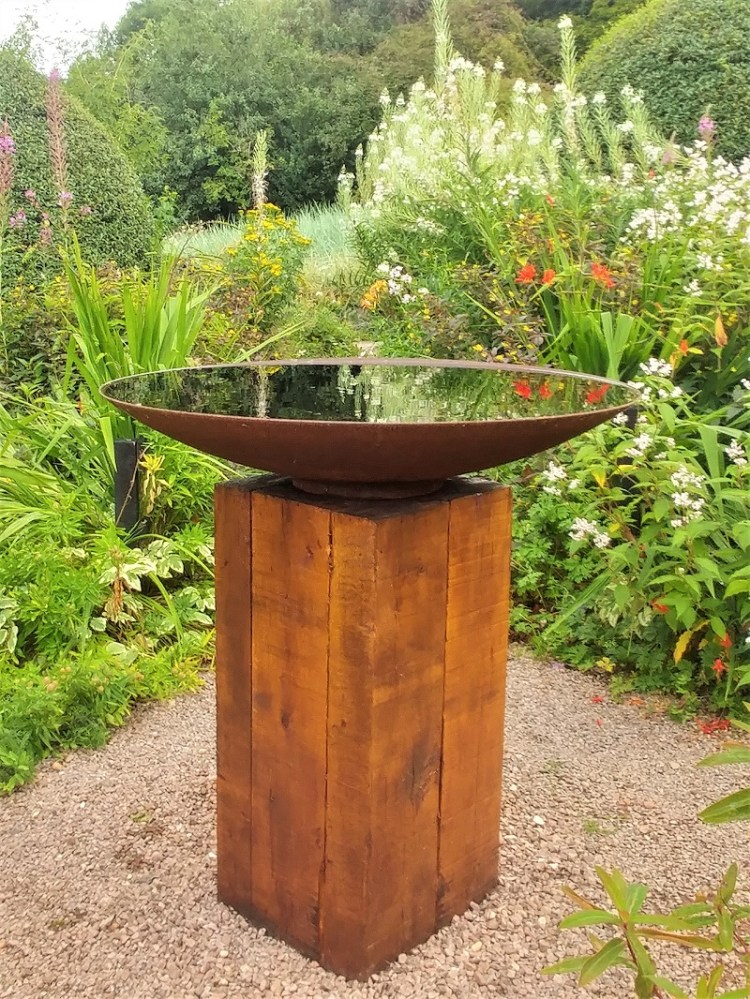 Bird Bath at Veddw. Copyright Anne Wareham