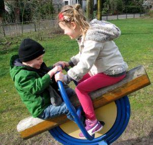 Samen spelen / Playing together