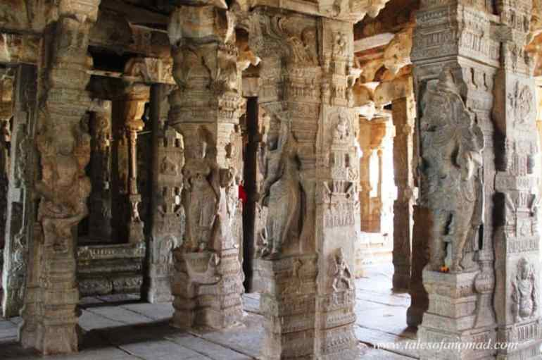 Ardha Mantapa - Lepakshi Veerbhadra Temple