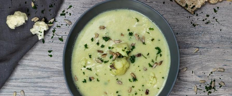 cauliflower-soup-blumenkohlsuppe-vegan