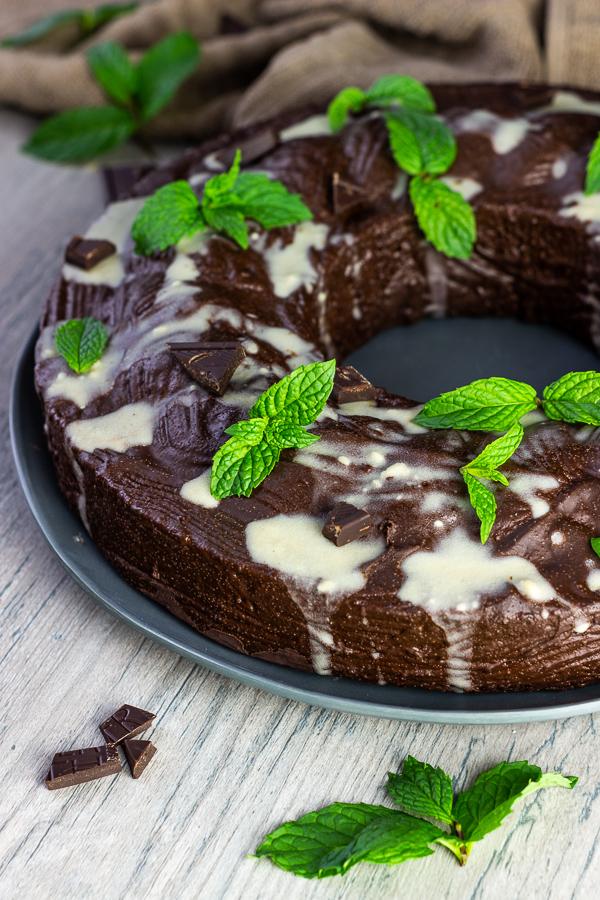 veganer-pfefferminz-schokoladenkuchen-vegan-mint-chocolate-cake (2)