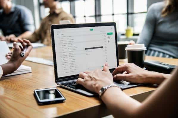 29 formas simples de hacer crecer tu lista de correo electrónico  – Veeme Media Marketing