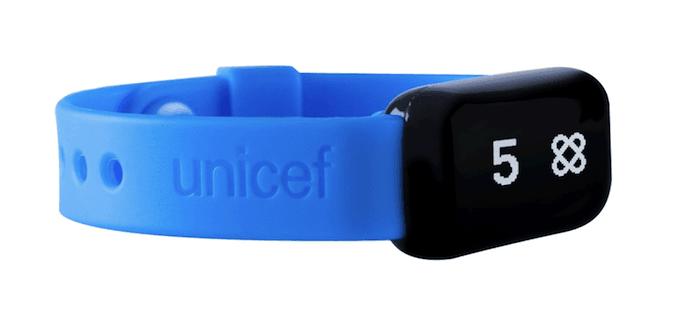 """Asociación de marca conjunta entre UNICEF y Target en Kid Power Bands """"width ="""" 600 """"style ="""" width: 600px; margin-left: auto; margin-right : auto"""