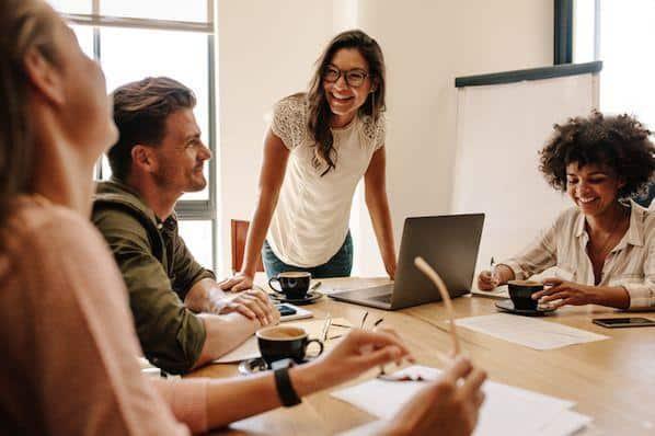 45 citas que celebran el trabajo en equipo, el trabajo duro y la colaboración – Veeme Media Marketing