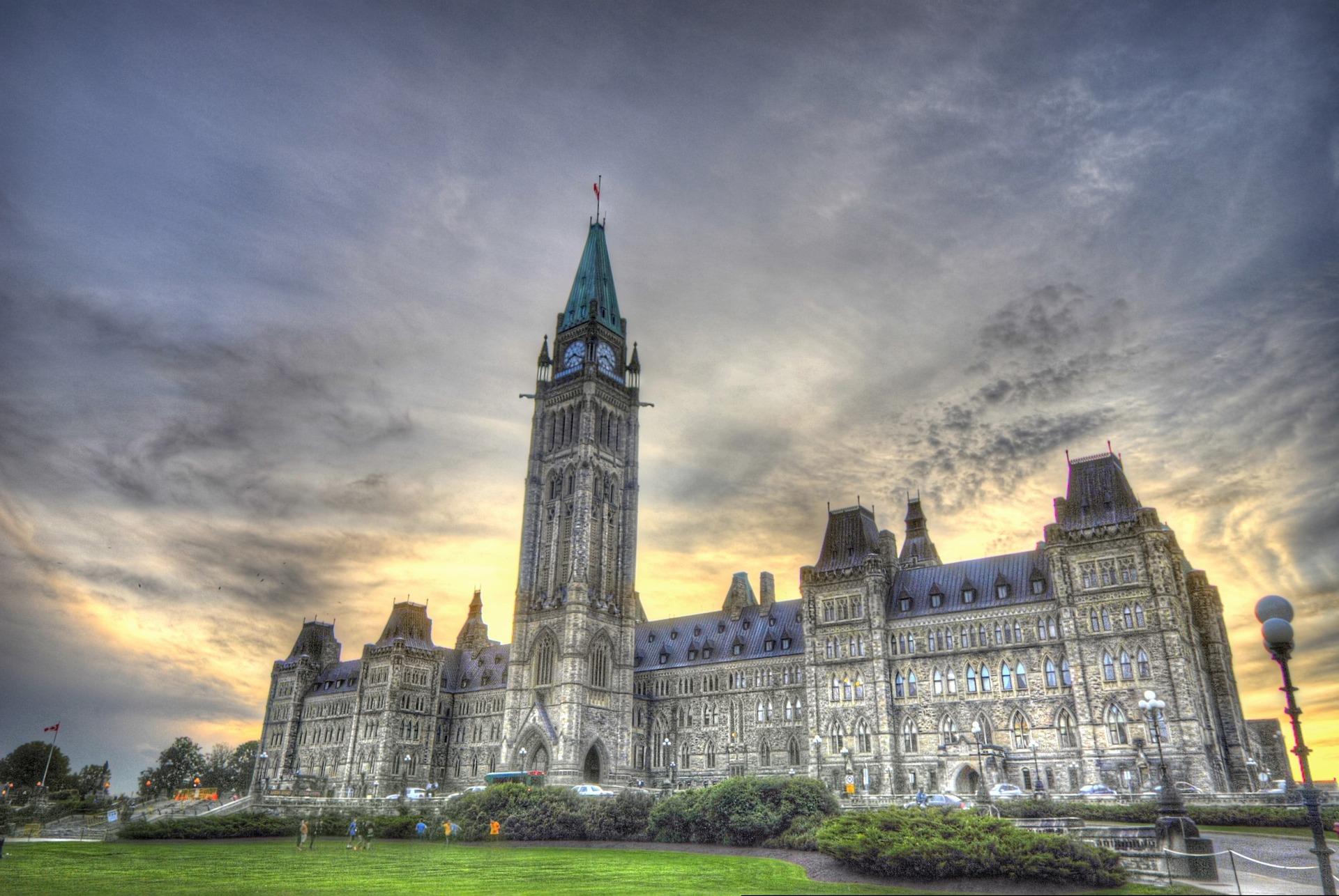 ParliamentAtDusk2.jpg