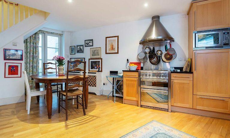 Veeve Pretty In Pimlico London Book Accommodation In