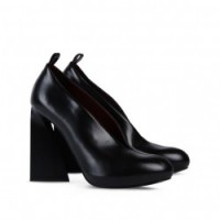 Stella McCartney - Black Vanessa Tacco 11 cm, plateau 10,5 cm. In ecopelle. Euro 565,00