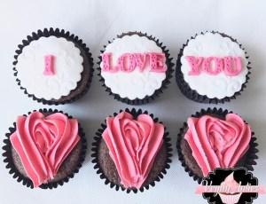 i love you cupcakes I Love You Cupcakes IMG 8248