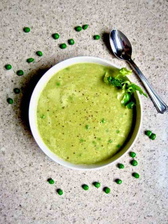 Simple Asparagus & Pea Soup recipe - the perfect healthy soup using seasonal spring produce, ready in 30 minutes! {oil free, vegan, gluten free, paleo, nut free option}   veganchickpea.com