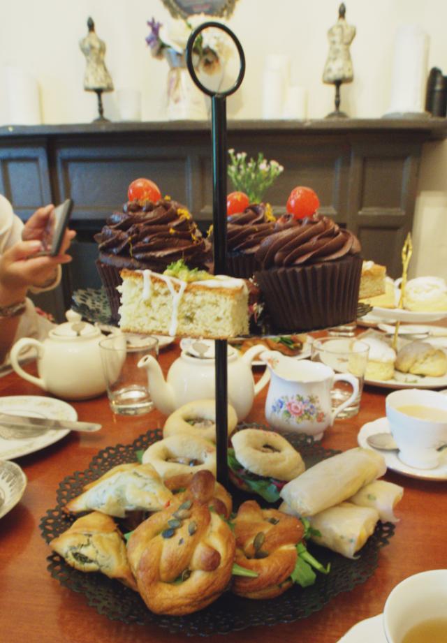 Vegan afternoon tea at Casa Angelina, Edinburgh