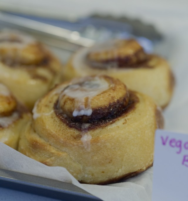 Vegan cinnamon buns at Brochan Edinburgh