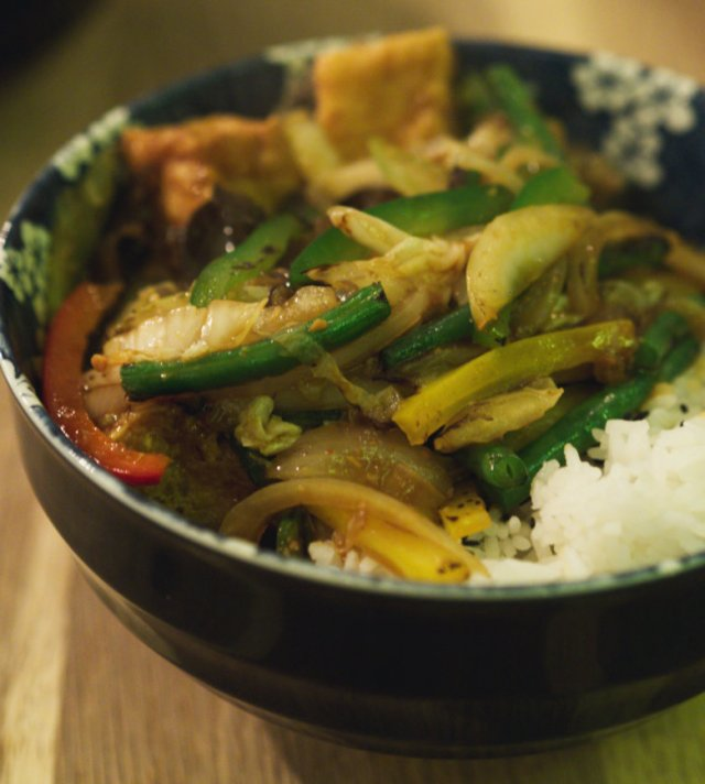 Vegan Stir Fry Veg in Satay Sauce