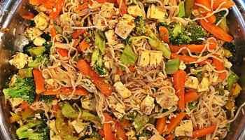 Vegan lasagna tofu spinach whole foods plant based veganenvy epicure healthy tofu pad thai whole foods vegan forumfinder Images