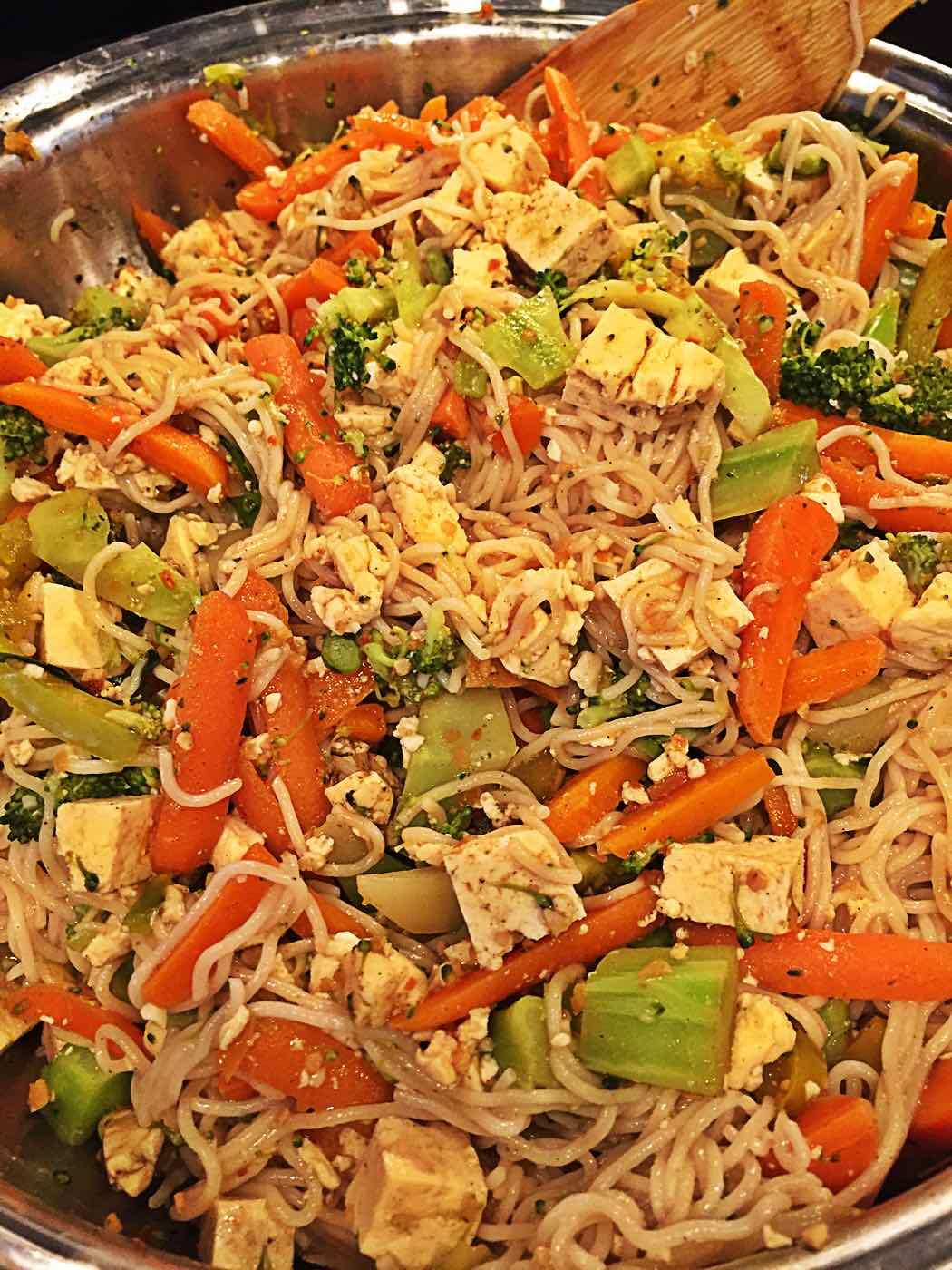 Vegan Pad Thai - Stir in the Noodles in the wok