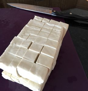 How to cut tofu into cubes