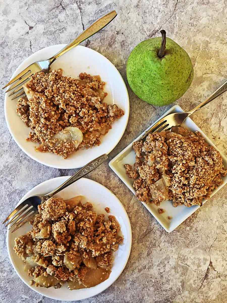 Ginger Pear Fruit Crisp - Whole-Foods Plant-Based