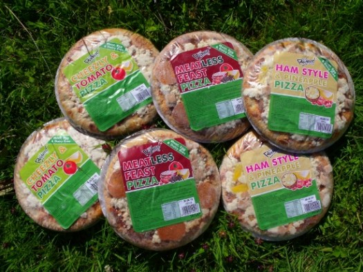 pizza-and-salad-001-550x413