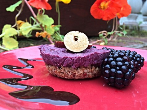 raw bramble cheesecake