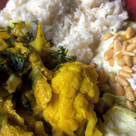 vegan cauliflower oompth curry