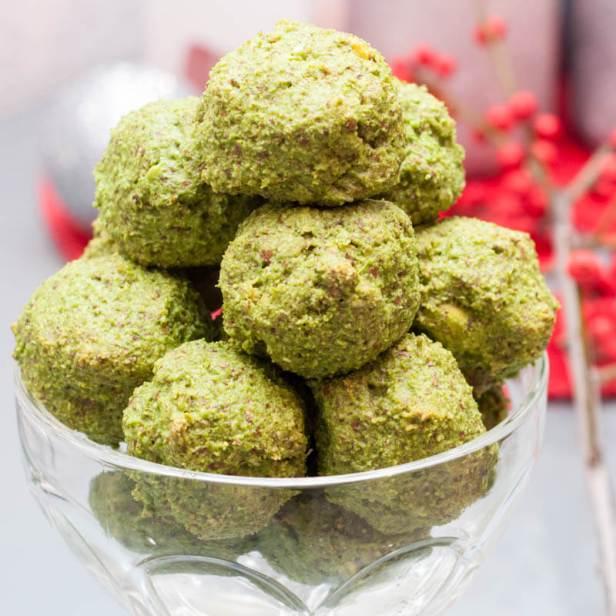 Vegan Spinach Balls Recipe - Vegan Family Recipes