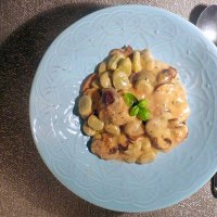Mushrooms and Baby Broad Beans in a Garlic, White Wine and Cream Sauce.