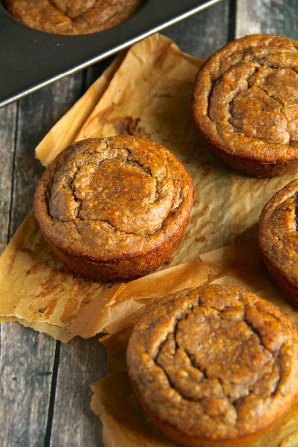 Vegan-Flourless-Banana-Bread-Muffins4