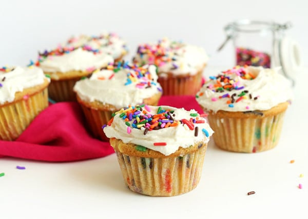 Vegan-Funfetti-Cupcakes