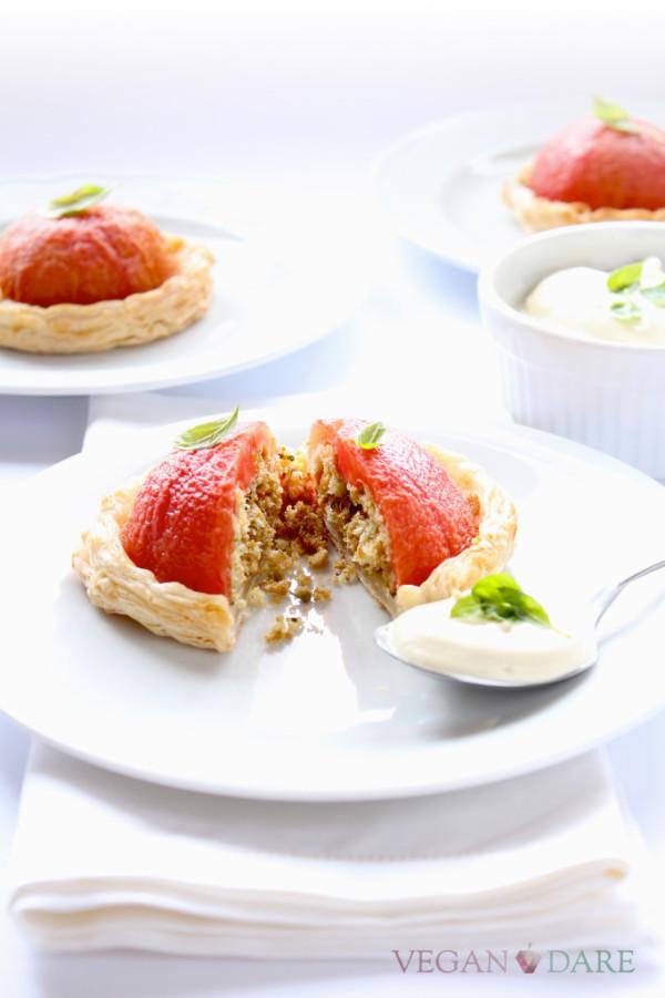 mini tomato cakes