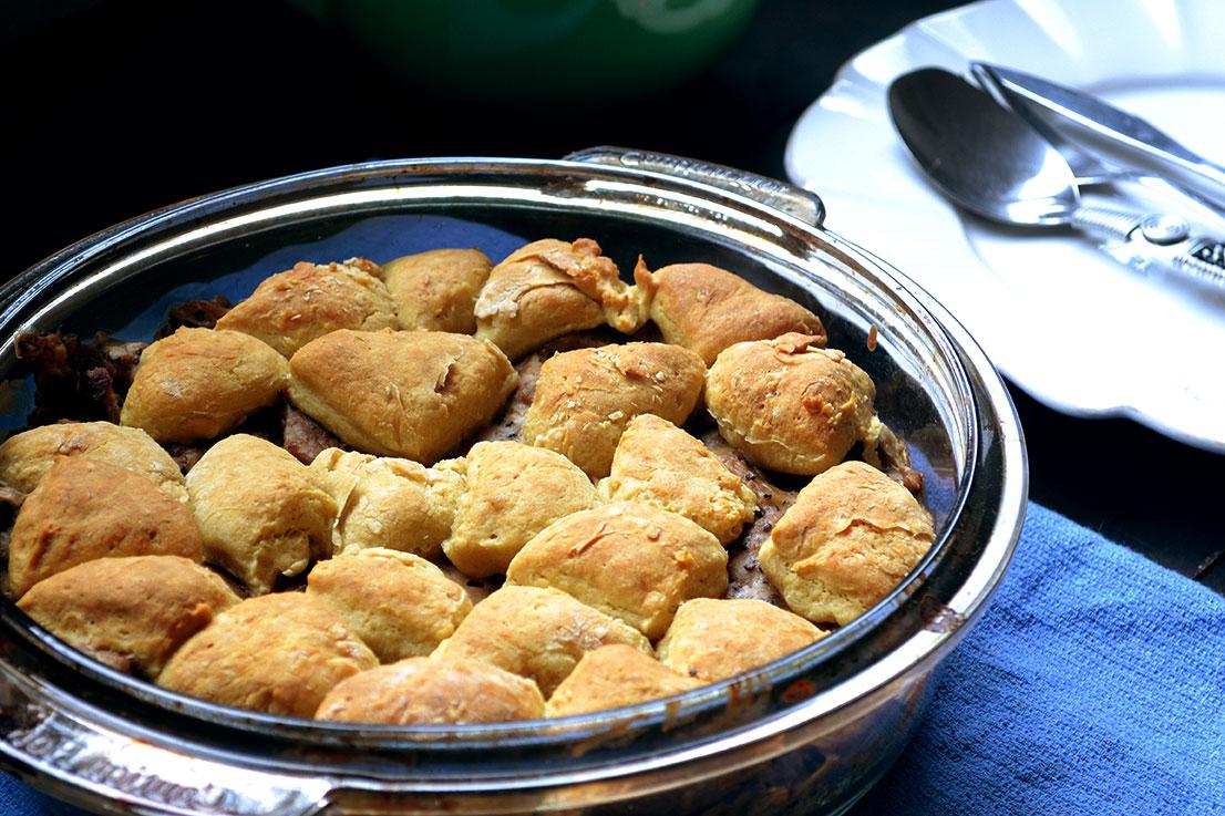 Vegan Biscuits & Gravy Casserole Recipe